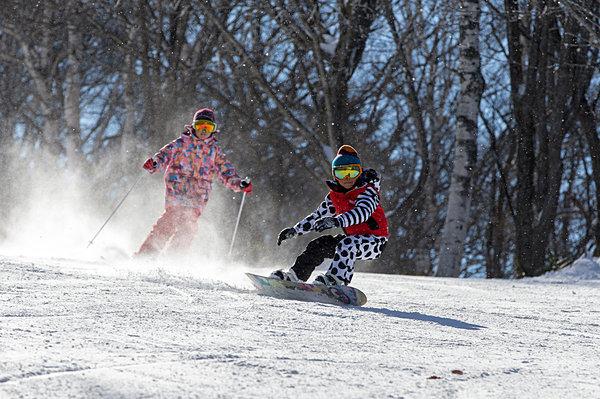 """""""雪育(ゆきいく)""""って、なに? スキー・スノーボードに子供の自律性を発達させ…"""