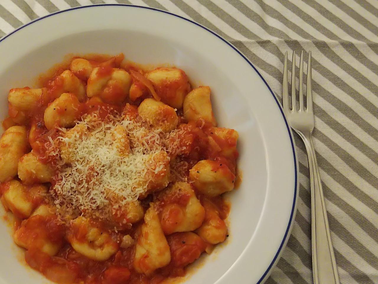 【レシピ】イタリアンパスタ「ニョッキ」をじゃがいもで作っちゃお!ソースの作り方も合わせてご紹介