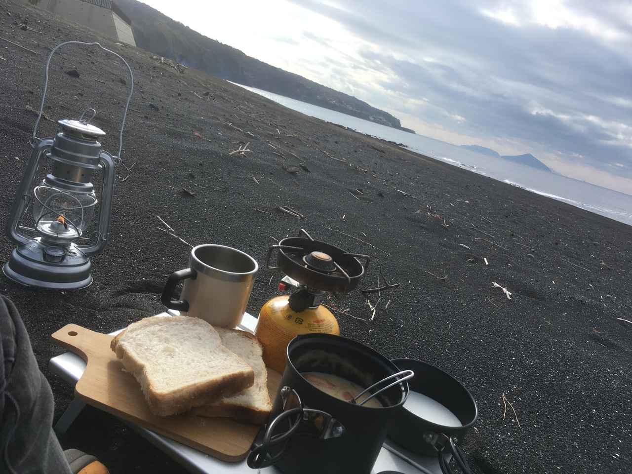 【ソロキャンプ飯】ご飯作りを楽にするコツ! おすすめ簡単レシピや洗い物の方法も