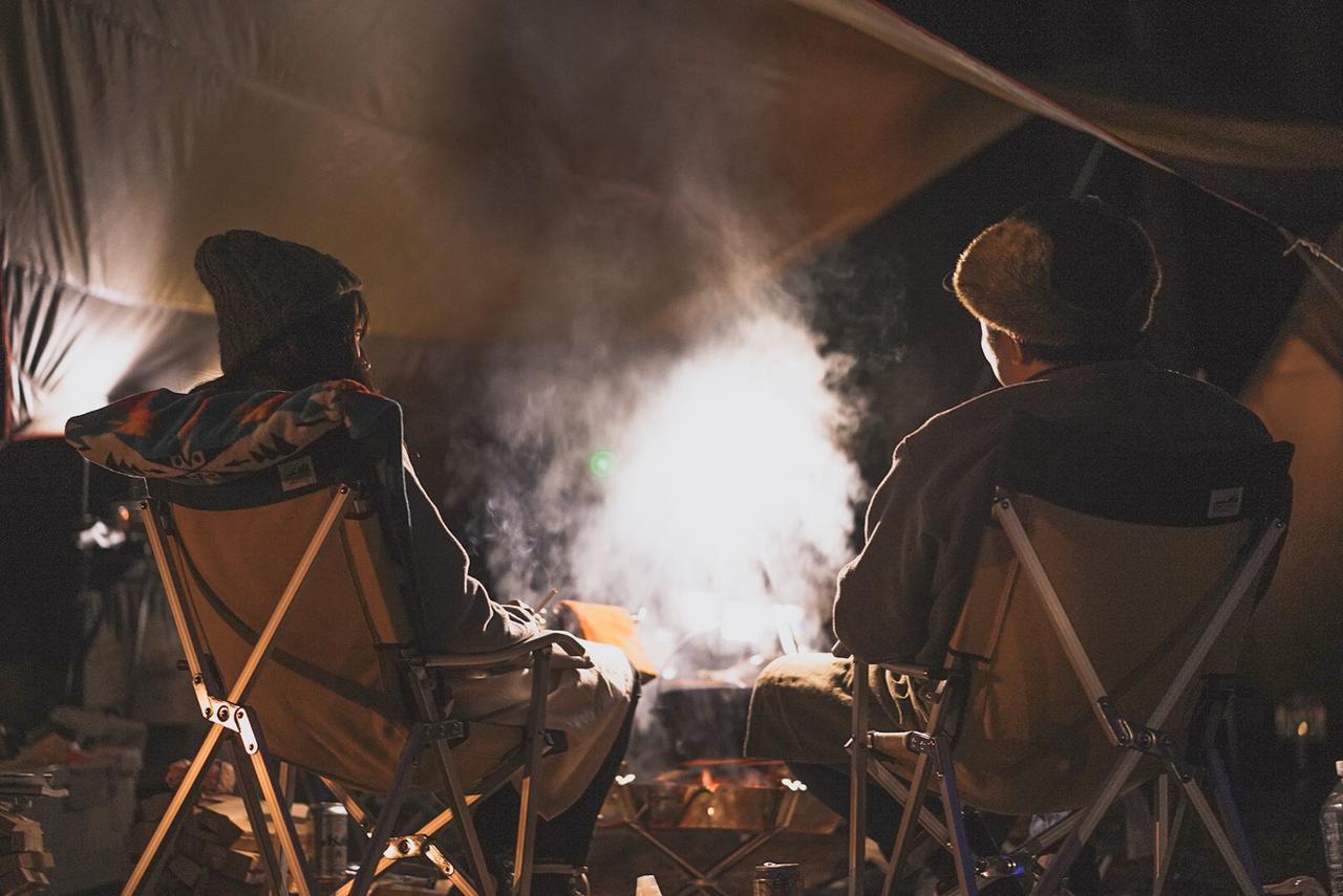 火の粉に強いキャンプ用チェア! 焚き火で使いたいおすすめチェア5選