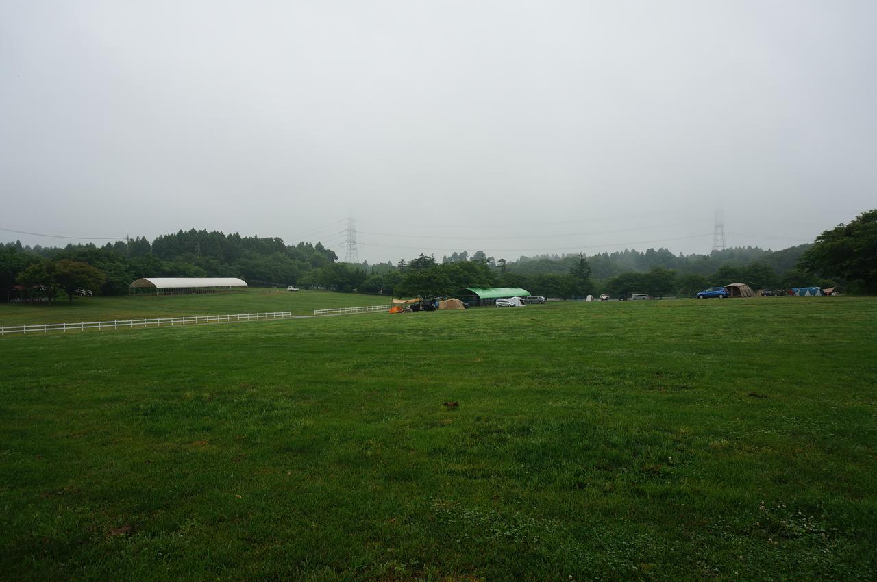 梅雨でもキャンプを楽しもう! 雨の日のコテージ・バンガロー・テント泊の楽しみ方と注意点