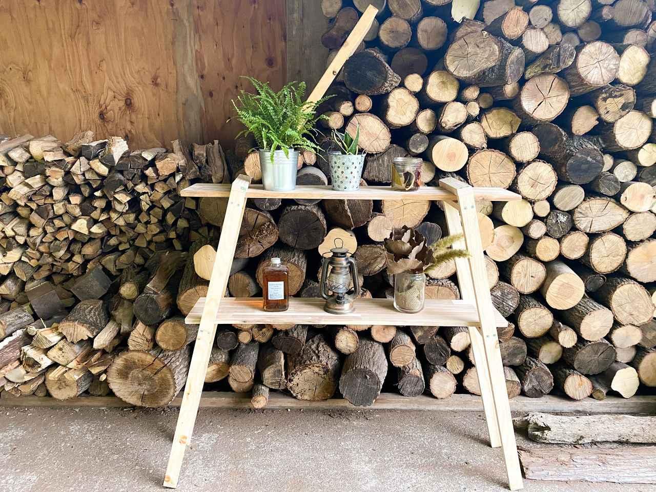 【初心者向けDIY】アカシア木材でシェルフ作り! 基本の道具や簡単手順をご紹介