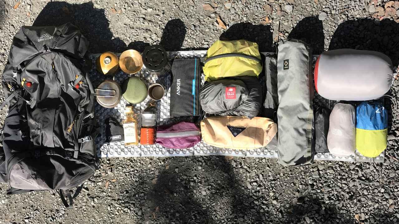 【初心者におすすめのキャンプ用品】基本のキャンプ用品から便利なアイテムまでご紹介!