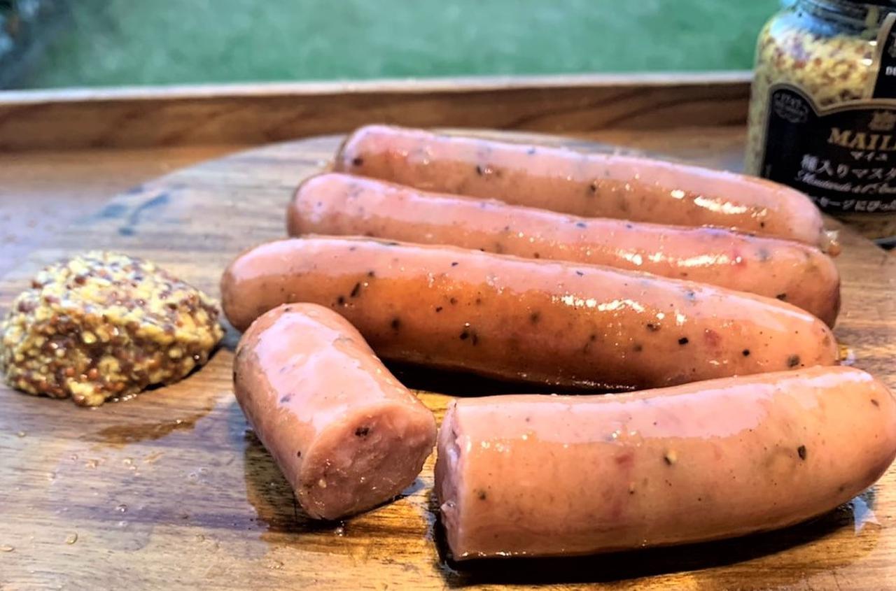 【簡単レシピ】キャンプでとことんソーセージを美味しく食べよう! スキレットで「ゆで焼き」のススメ