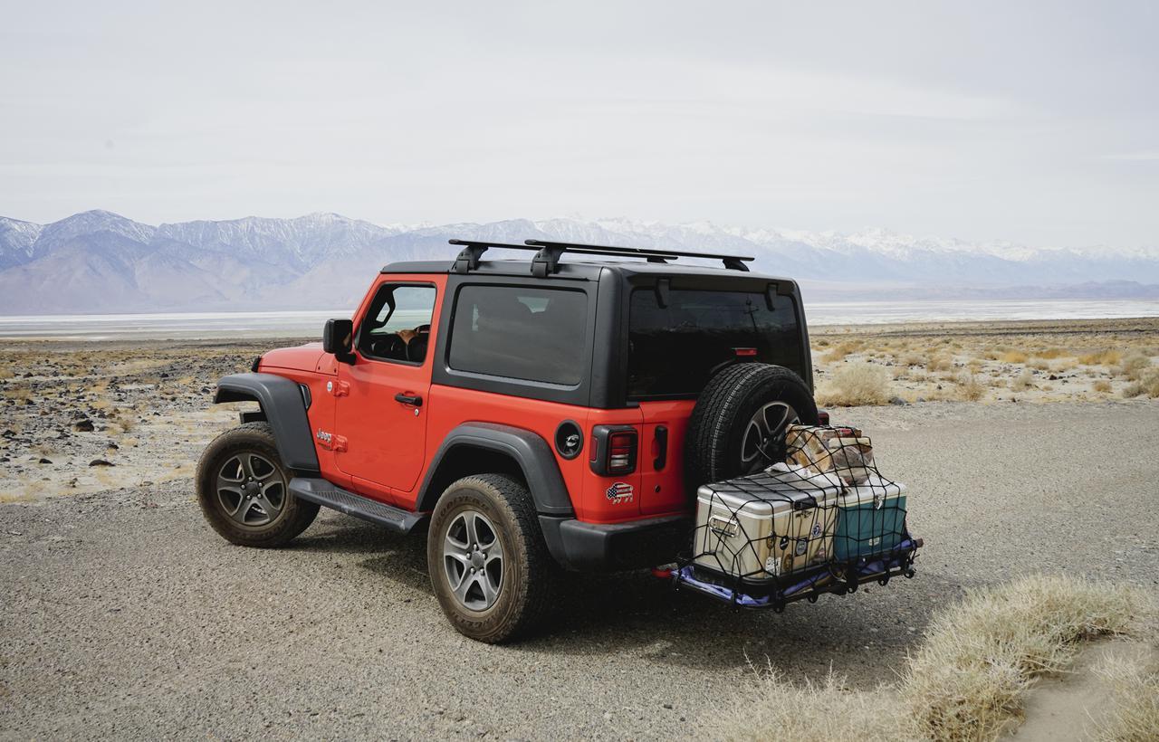 ヒッチキャリアで積載量アップ!キャンプの荷物問題を解決する外付け収納アイテムを徹底紹介